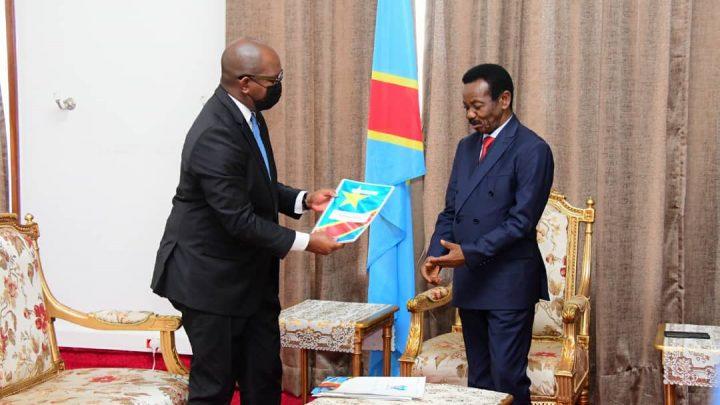 Sama Lukonde dépose le Programme d'actions de son Gouvernement au Bureau de l'Assemblée nationale