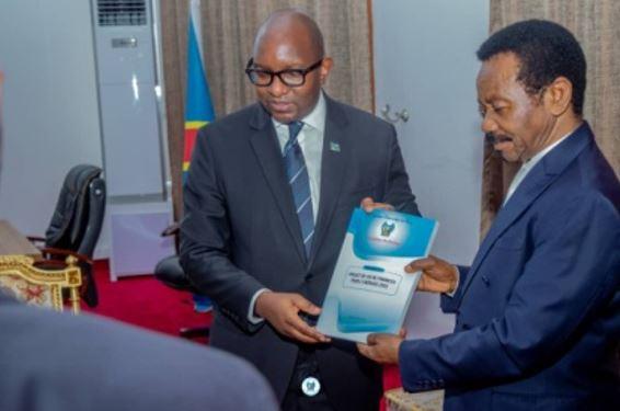 RDC : La loi de finances 2022 chiffrée à 20 mille milliards FC déposée à l'Assemblée nationale